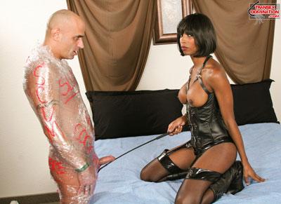1natassiaPK099x Mistress Natassia Dreams Wants to Wrap You Up, Bitch Boy!