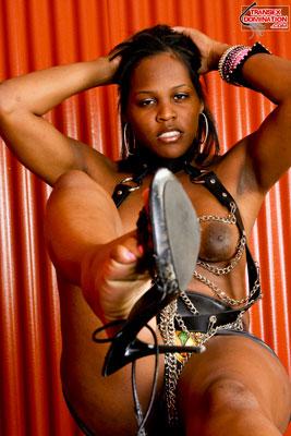 brownie.pk.2077x Mistress Brownie Wants You to Worship Her Feet!