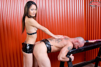 jules10.pk.090x Mistress Jules is Holding Auditions for New Performers
