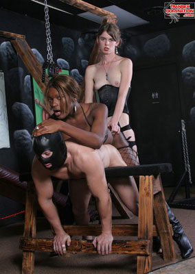 tsdmandyx10  Mistress Mandy Teaches Mistress Amyiaa the Ropes (and Chains)!