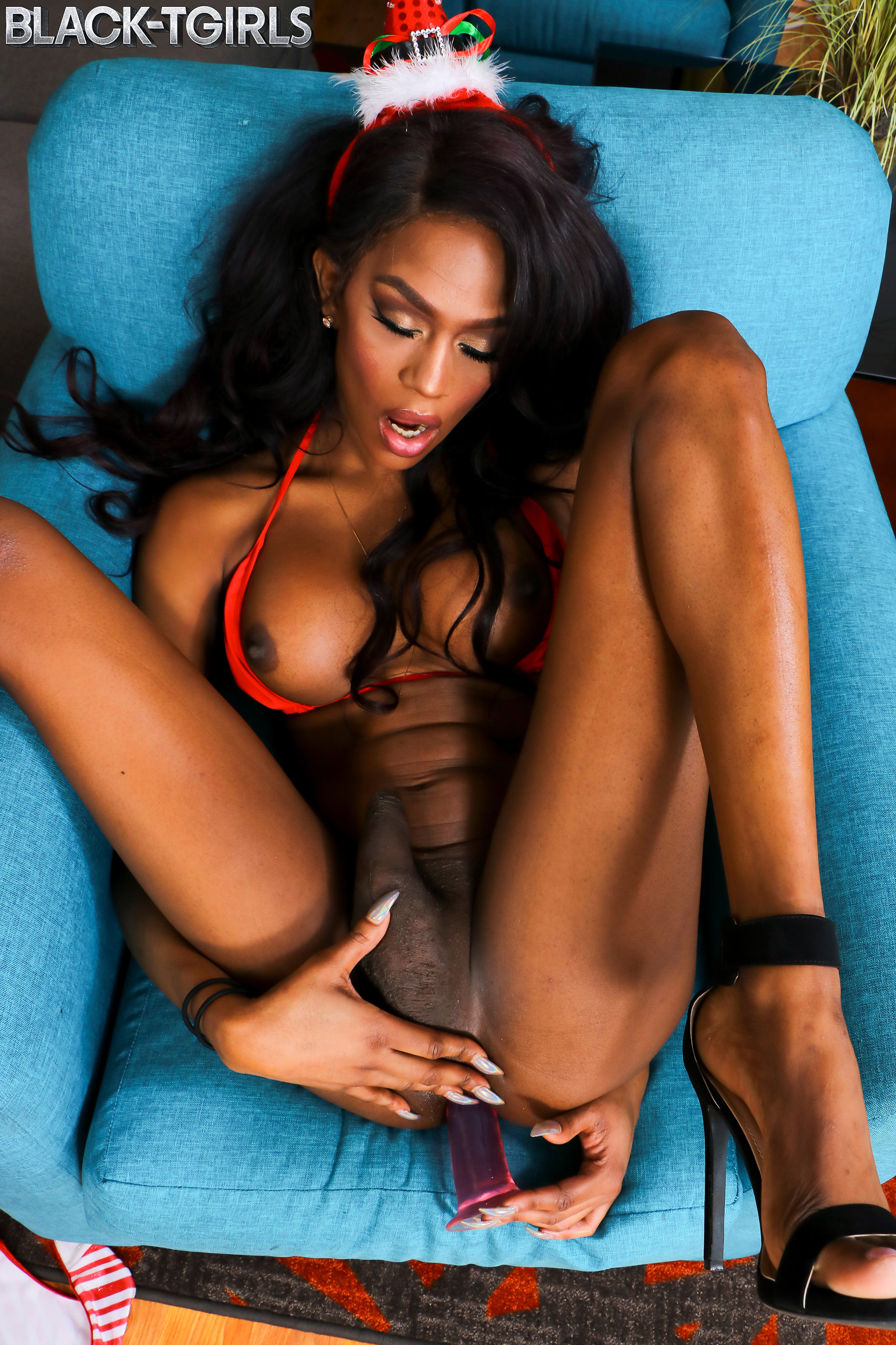 black tgirls archives – grooby