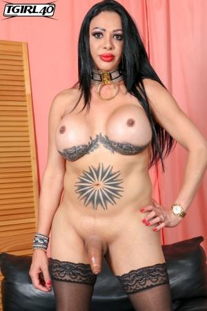Isabel TGirl40