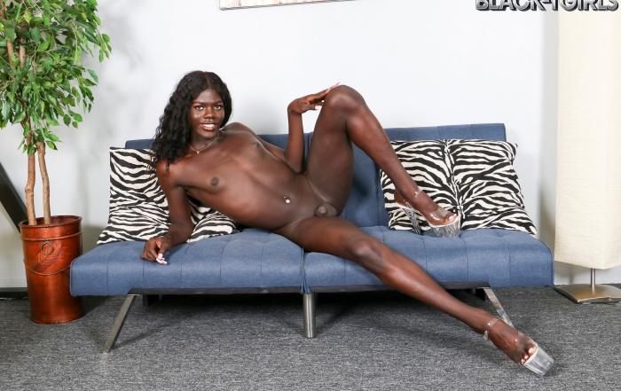 Ebony beauty Joslyn cums for you on Black TGirls!