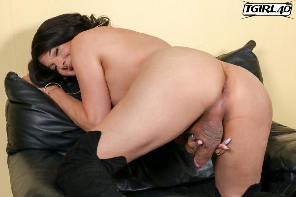 Janira TGirl40