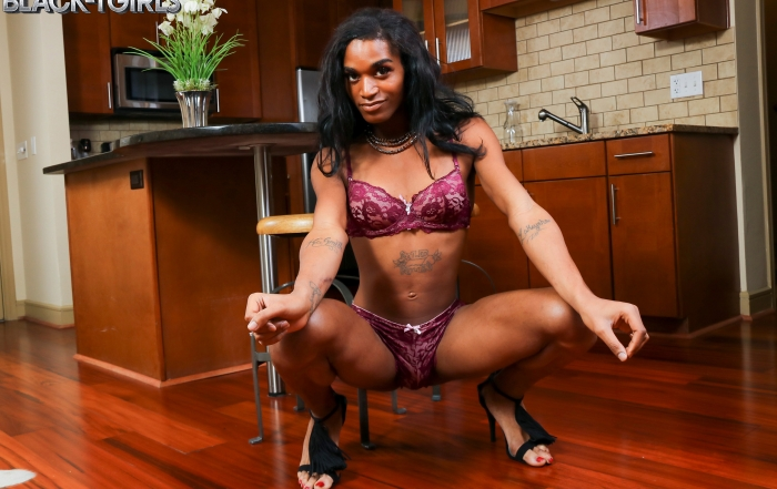 Sleek and sexy Kendria debuts on Black TGirls!