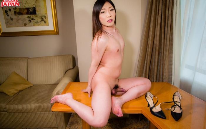 Another Shemale Japan Debut! Azusa Yuzuki!