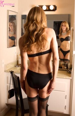 Thigh-highs-standing-mirror-Q&D