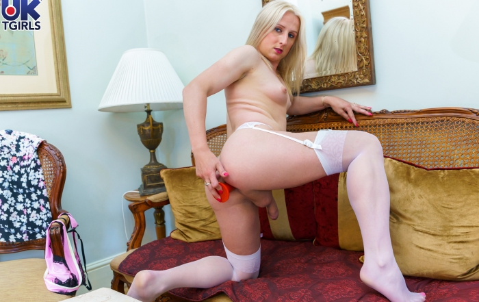 Blonde babe Katie Fox debuts on UK TGirls!