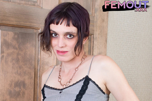 Sexy as the Night – Lillian Night on Femout