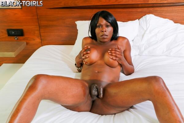 Vivian Spice Black TGirls Cumshot Thursday