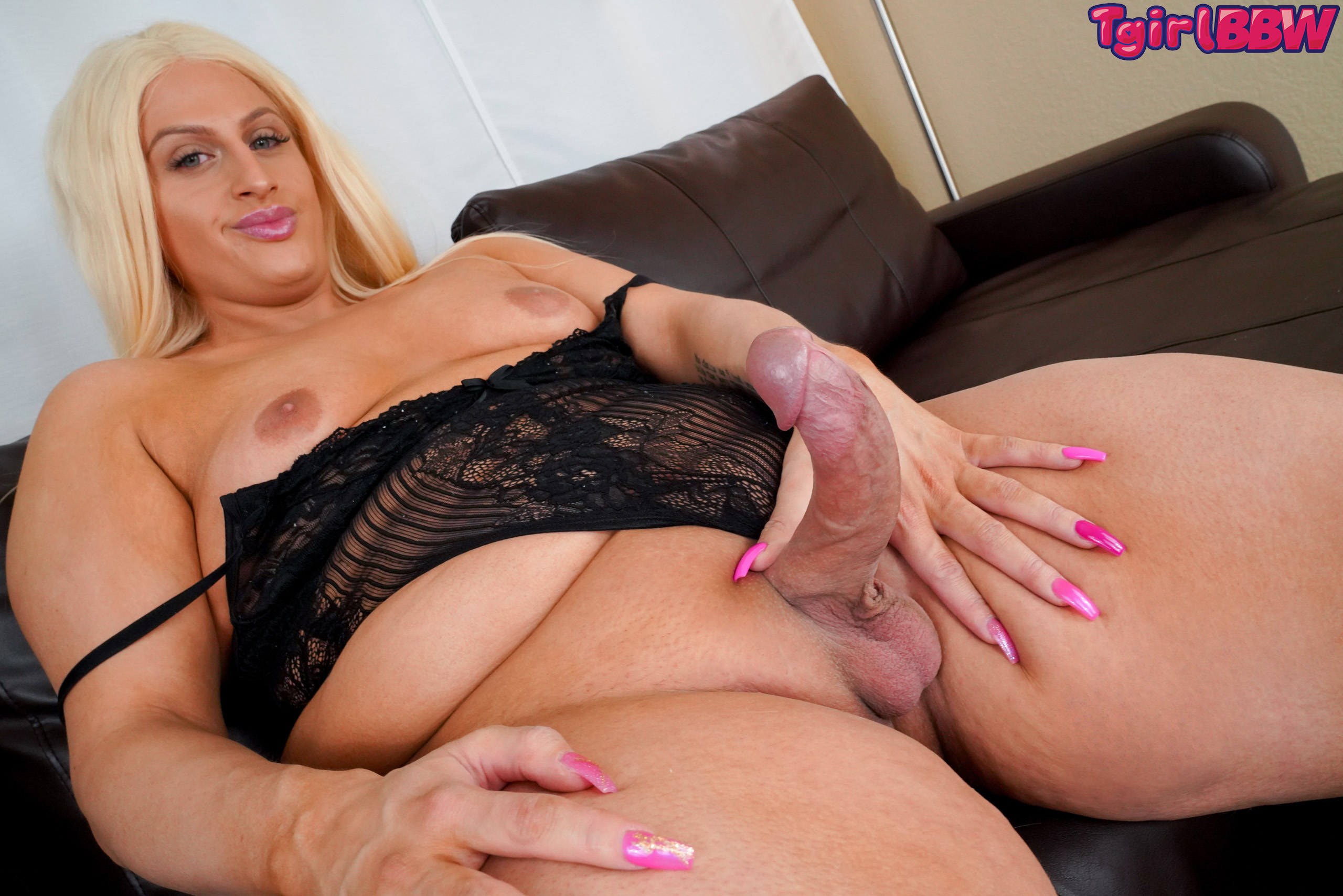 Bbw Ts Porn curvaceous blonde naomi moan – grooby